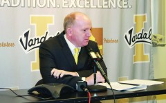 Football: Vandals Ink Several Three-Star Recruits